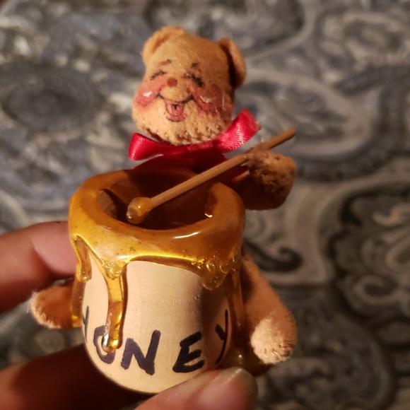 Annalee Other - Annalee vintage Winnie the Pooh Handmade Figure